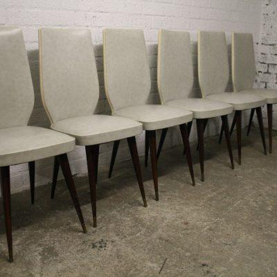 M016- Vintage eetkamer stoelen