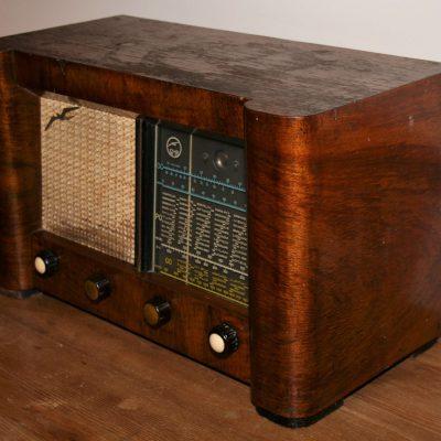 W010a- Franse radio GMR, buizenradio