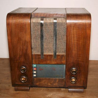 W010c- Franse buizenradio jaren 20