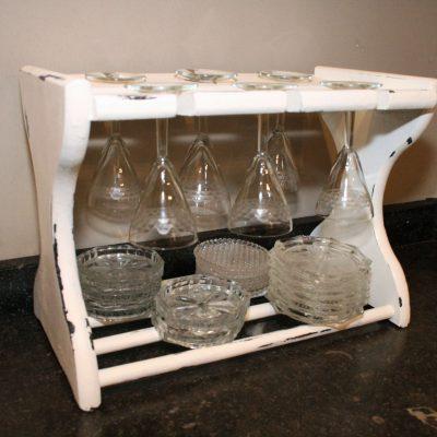 W004A- brocant houten glazenrekje