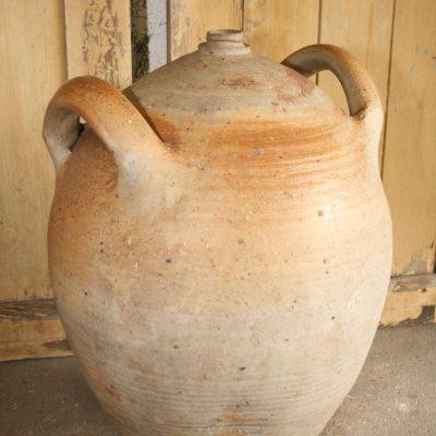 T028- oude Franse wijnkruik