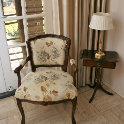 M080- barok Queen Ann stoel