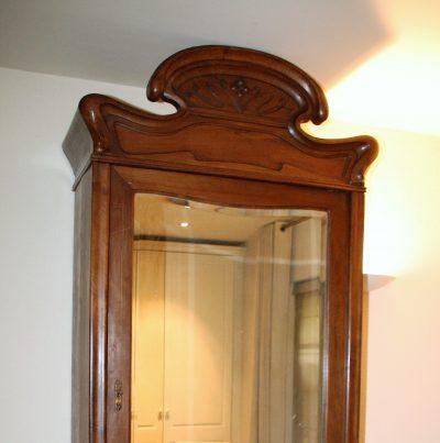 M084- Antieke Zuid-Franse ééndeurs spiegelkast/linnenkast