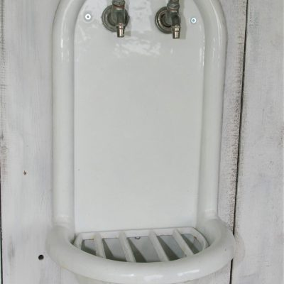T017A- antiek Frans fonteintje