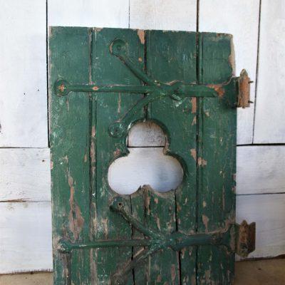 W009B- antiek groen raamluikje