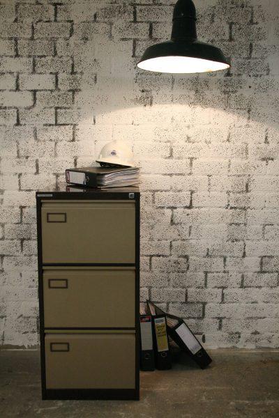 M042 - Stalen archiefkast 3 lades