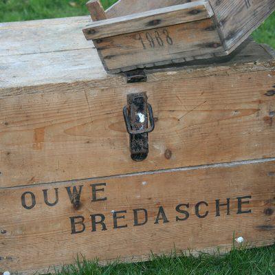W107 - Wijnkist De Ouwe Bredasche