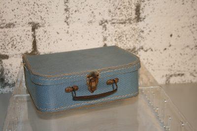 W135 - Poppenkoffertje