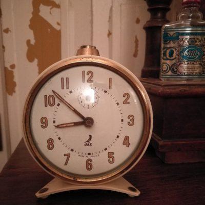 W038A- oude Franse wekker Jaz