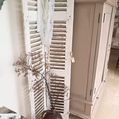 W008S-brocant oud wit (twee)luik, louvre deur